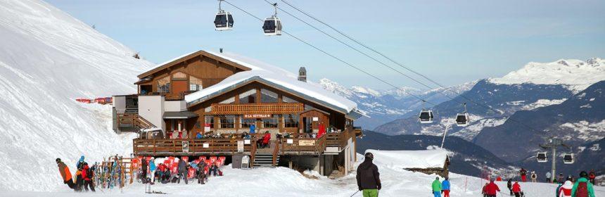 Ski Holidays: Catered Vs Self-Catered Ski Chalets?